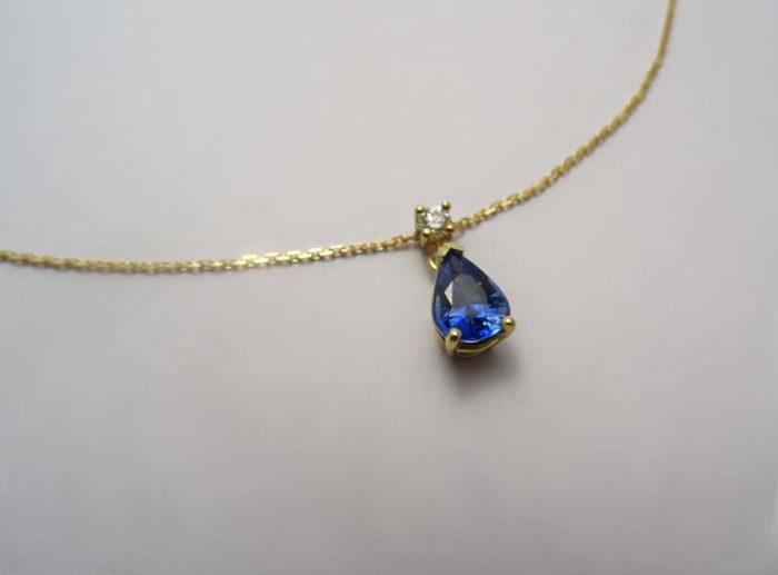 Collier Saphir Poire Diamant